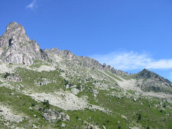 The Col de la Haugade is on the right, we traversed the slope under the cliffs
