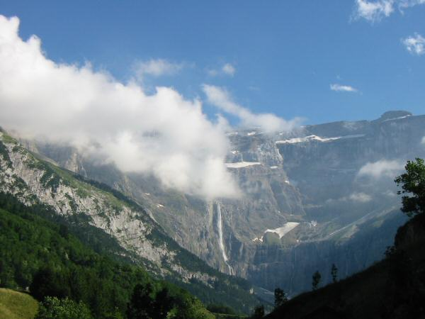 A glimpse of the Cirque de Gavarnie and la Grande Cascade, a 423m / 1,400ft waterfall, from near our campsite