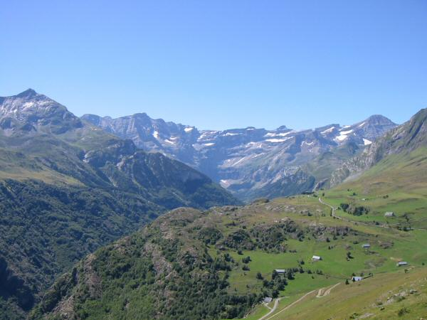 Looking back to Granges de Saugue and the Cirque
