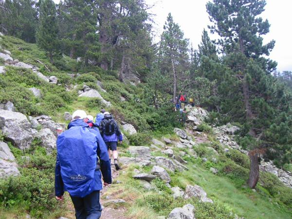 Heading towards the Col d'Estoudou in the rain