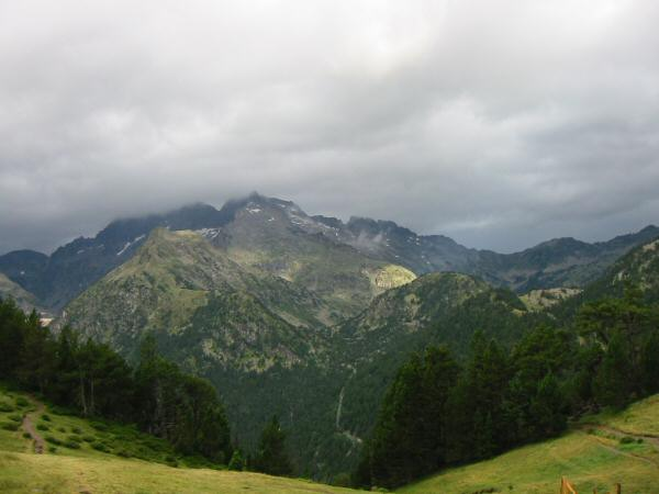 The view south from the Col d'Estoudou
