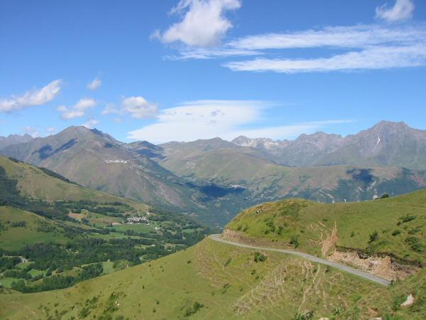 The view west from the Col d'Azet (1580m / 5,182ft)
