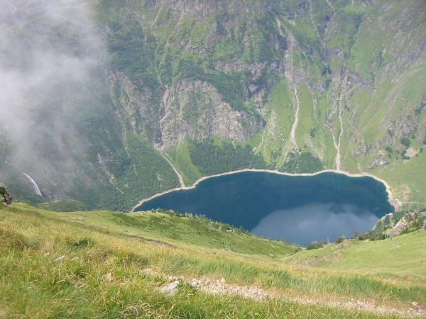 Lac d'Oo from Hourquette des Hounts-Secs, 2,500ft below