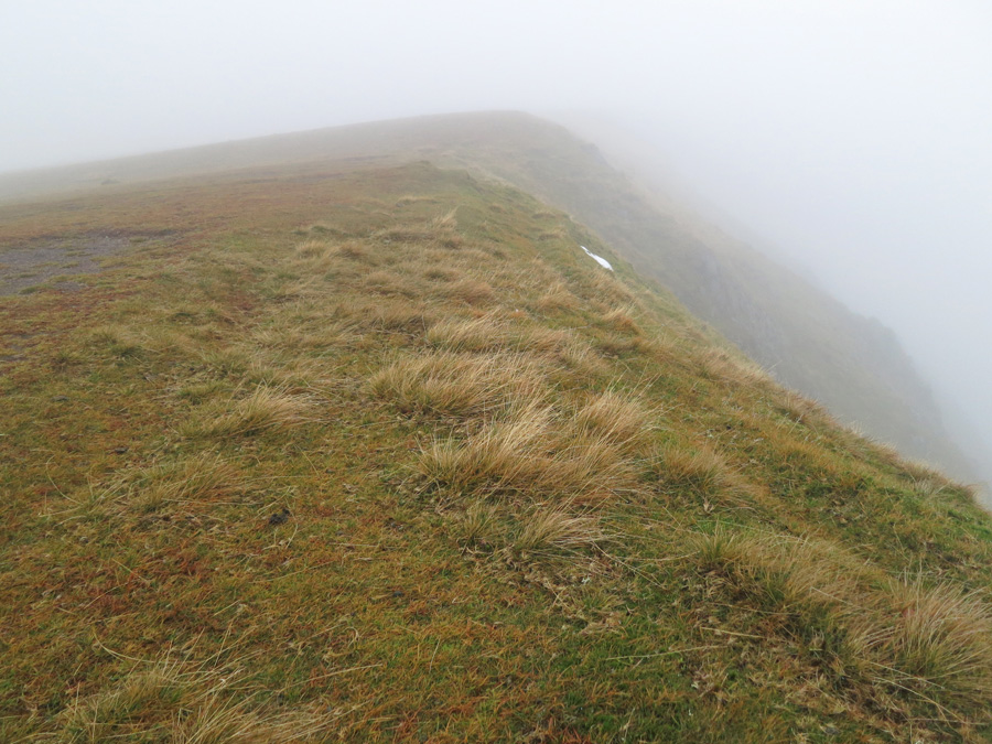 On the way to Nethermost Pike