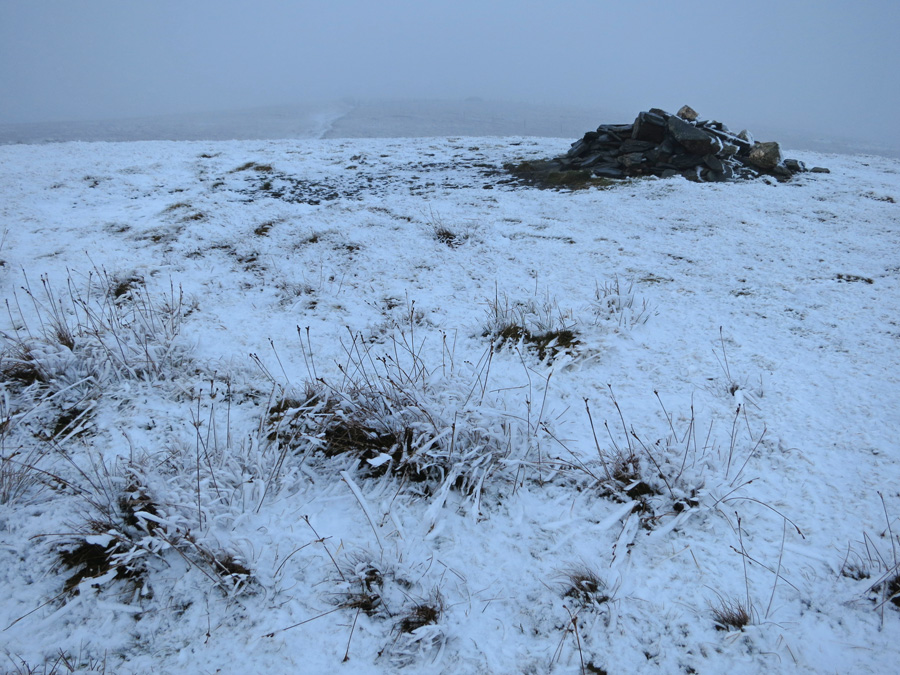 Lonscale Fell summit cairn