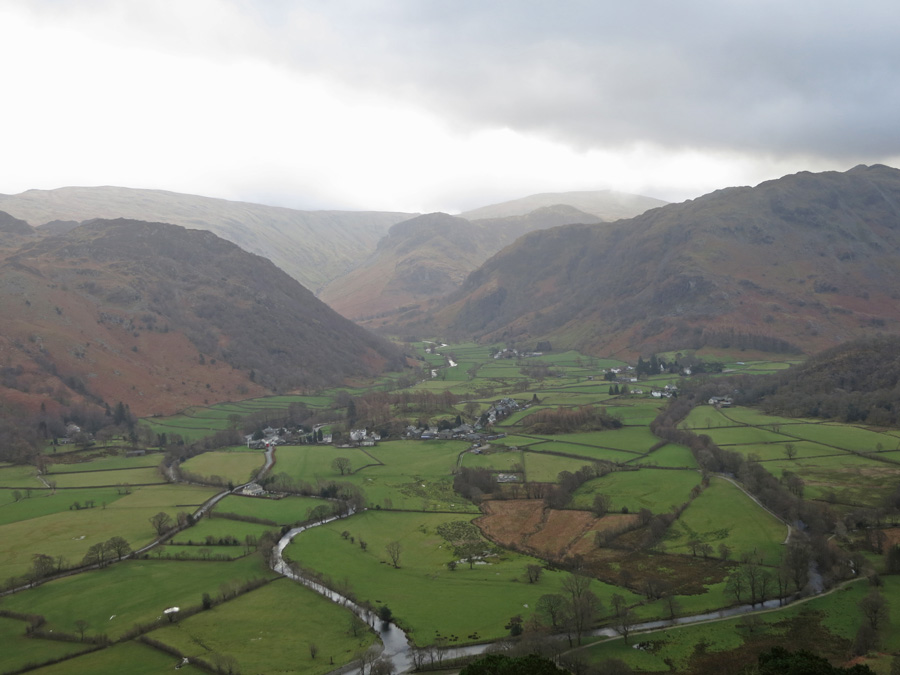 Looking over Rosthwaite to Eagle Crag