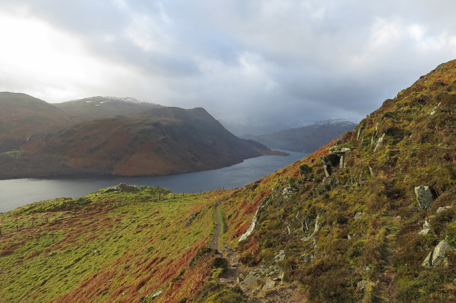Above Yew Crag on the traverse path
