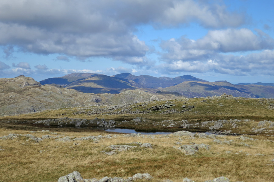 Looking across to the north western fells from Thunacar Knott