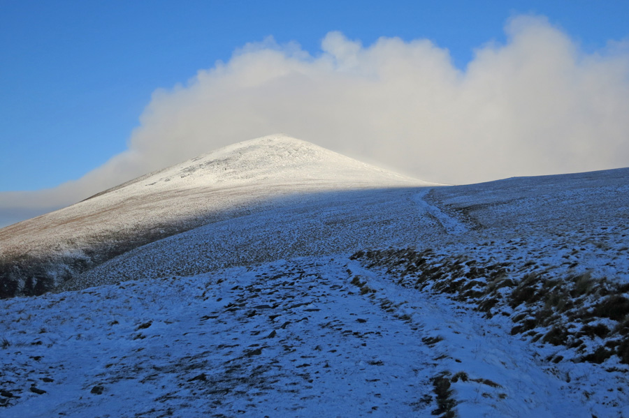 Skiddaw Little Man with its top in cloud, thats where I'm heading