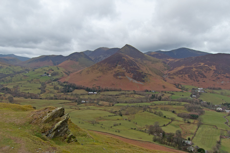 Across the Newlands valley to Causey Pike