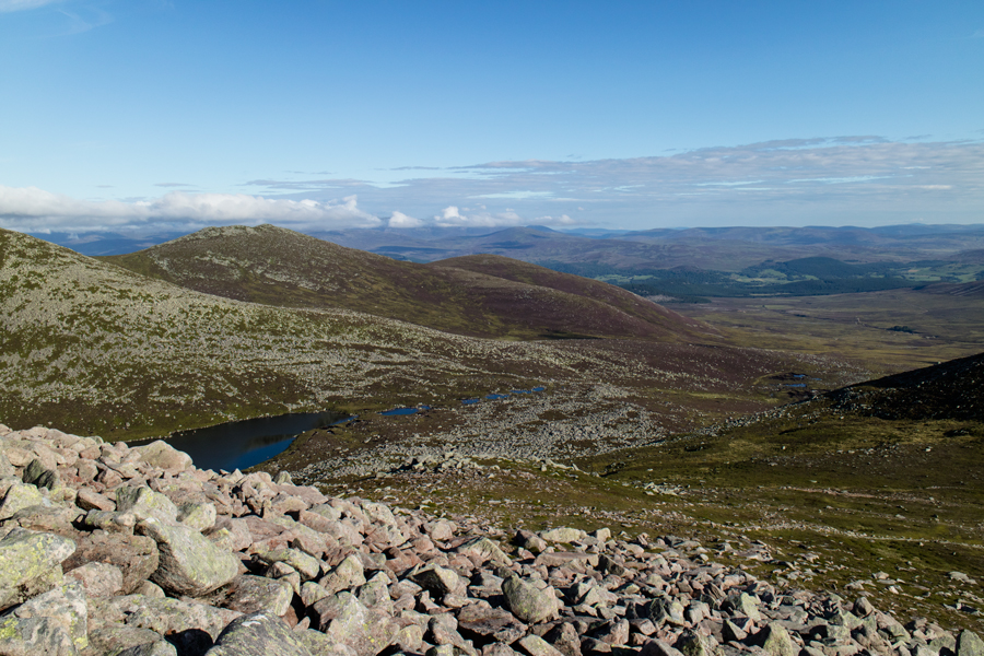 A glimpse of Lochnagar (the loch)
