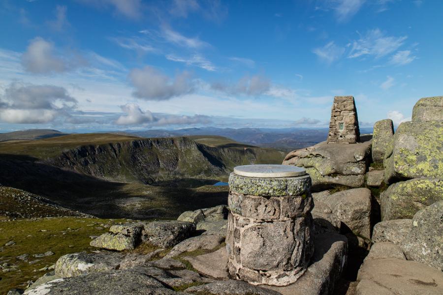 Cac Carn Beag (Lochnagar's summit)
